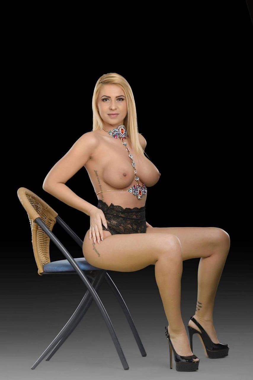 massage in nude vip escort romania