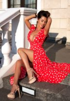 Sensual Moroccan Escort Girl UAE Malena - Cum On Face